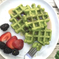 How to Make Naturally Green Waffles